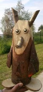Maling an owl from wood @DutchBirdFair